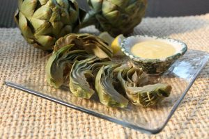 Steamed artichokes with aioli